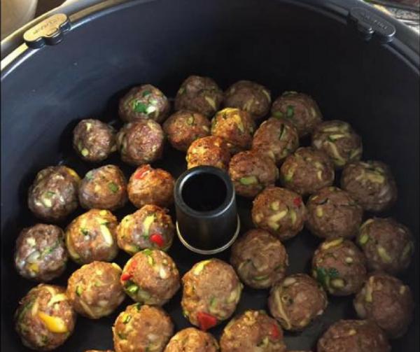 Kødboller i tomatsovs i Actifry