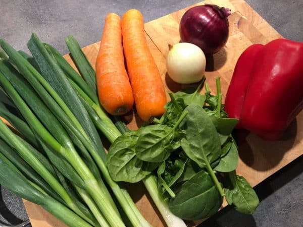 Spinat og grøntsager til kyllingelasagne